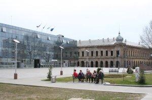 Vukovar főtere. Múlt és jelen.