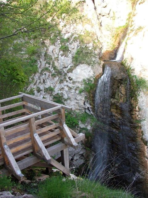 Még kevesebb volt a víz a Ponor-víznyelőnél (Fotó: www.rejtekhely.ro/www.trekkingklub.com)