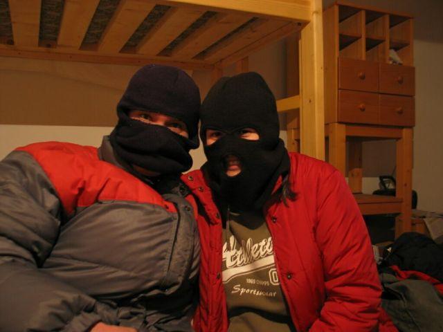 ... s próbáljuk elrettenteni a hideget...