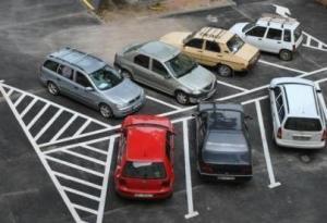 parkolo kocsik