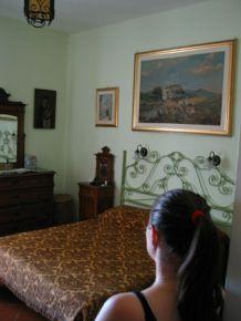 Rusztikus szobánk Mola di Bariban. Köszönjük szépen, Franz Navach!