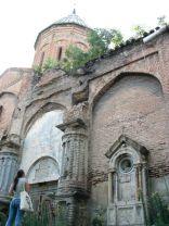 Több templom is romokban hever Tbilisziben