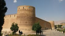 Karim Khan Castle is a citadel located in the downtown Shiraz. We had a look from outside