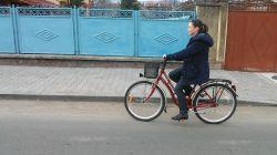 Vasárnap Szamosújváron Bibi is bringázott...