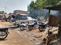Autó és motorbicikli mosó...