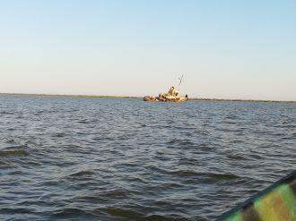 Hetven lejért három órás csónakázásra neveztünk be...