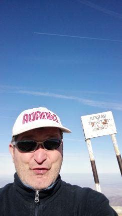 Bár Adrian Fung él Kanadában, én viseltem az ország nevét feltüntető baseball sapkát, amelye anno Lath Emesétől kaptam… :)