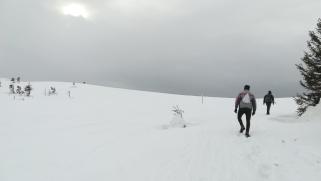 Büszkén az 1848 méteren levő meteorológiai állomás fele