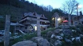 Vidolmban ez a látvány fogadott. Szombaton késő este értünk a faluba. Korodi-Vass Lóri értünk jött. Köszönjük!