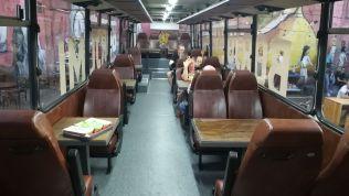 Étterem egy volt Ikarusz autóbuszból... :)