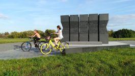 Idén az osztrák kormány anyagi hozzájárulásával újabb emlékmű épült