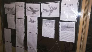 A pilótáknak 4 percük volt arra, hogy az levegőbe emeljék a vadászgépeket. A Szovjetúnió területén összesen öt ilyen légvédelmi bunker volt. Ennek a titkos neve Seignior volt. Békeidőben 10, háború esetén 50 ember teljesített itt katonai szolgálatot. A bunker két bejárattal rendelkezett