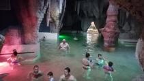 A barlangfürdő