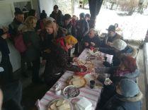 Zsíros kenyér, forralt bor és tea a Szentimrei-házhoz érkezett vendégeknek