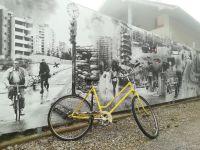 Lévén, hogy a ostrom miatt alig volt üzemanyag, a bicikli fontos közlekedési eszköz volt Szarajevóban