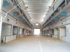 Pixkerija, az hajdani halpiac elhagyatott épülete