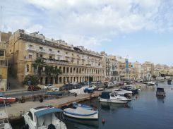 Hagyományos építészeti stílus Máltán